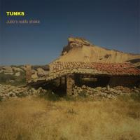 Tunks-Julio\'s Walls Shake